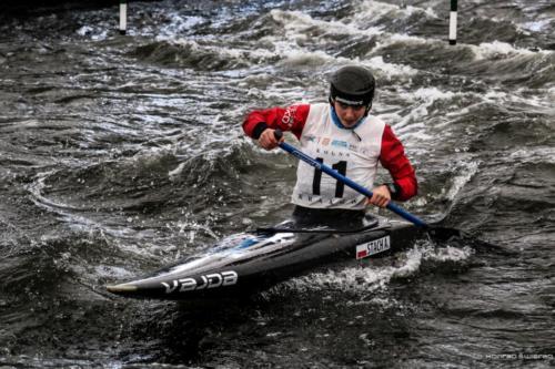 XI slalom020
