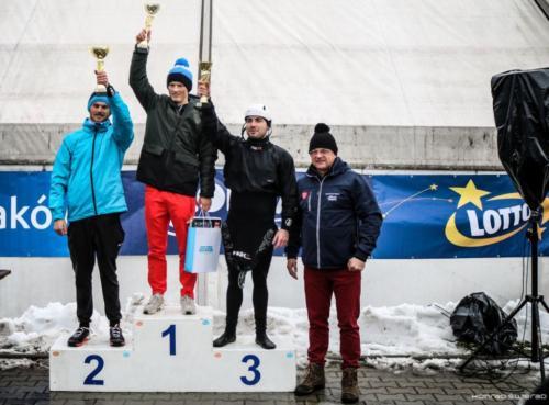 XI slalom024